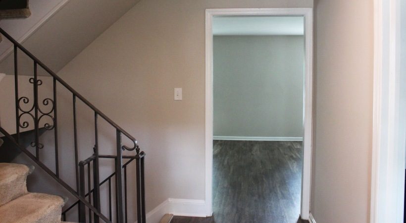 Entryway to Spacious Townhome